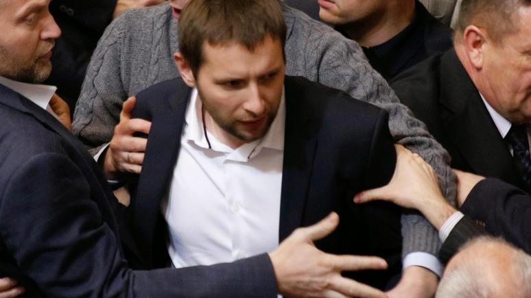 112: Украинский депутат назвал убийцу российского посла в Турции героем