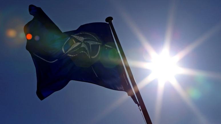 WSJ: НАТО отложило переговоры с Киевом, чтобы не злить Россию «в неловкий момент»