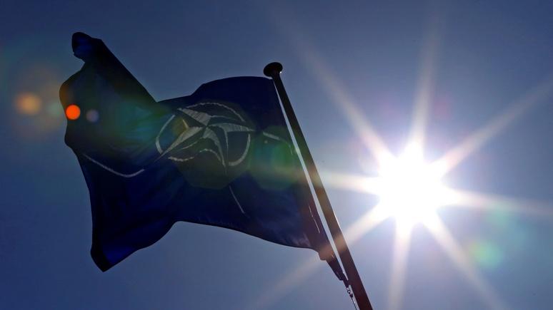 Премьер-министр Черногории: мы стремимся в НАТО не назло России