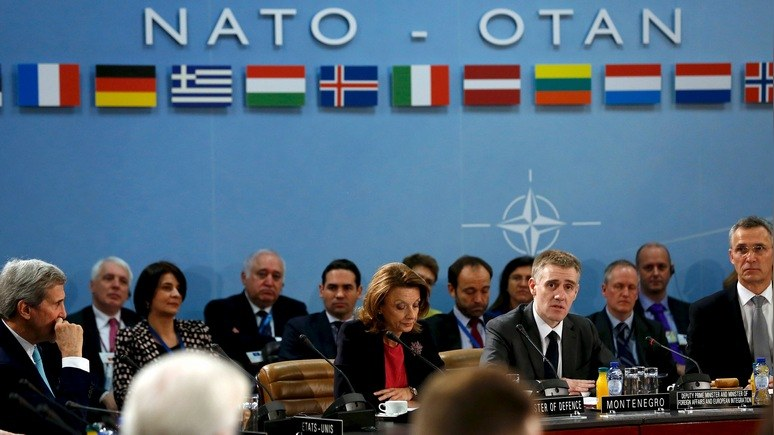 Премьер Черногории: Москва нам друг, но НАТО нам дороже