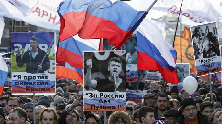 Standard: Немцов был образцом для России, а пропаганда ...
