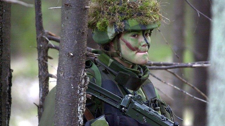 SR: шведскую армию усилят слабым полом в целях эффективности и равноправия