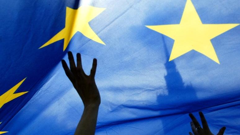 DE: ЕС разрешил украинцам ездить в Старый Свет без виз, но не работать
