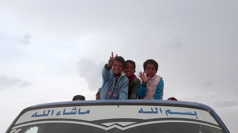 Guardian: в Сирии называют детей в честь Путина и строят русскую школу