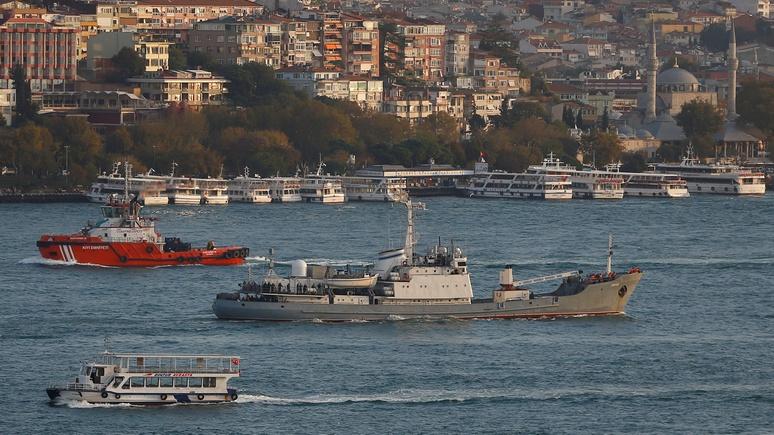 Times: разведтехника не спасла российский корабль от столкновения со скотовозом