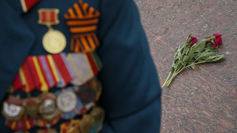 112: в Одессе демонтировали памятный камень маршалу Жукову