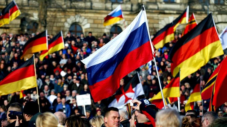 FAZ: в борьбе за электорат немецкие партии не брезгуют кириллицей