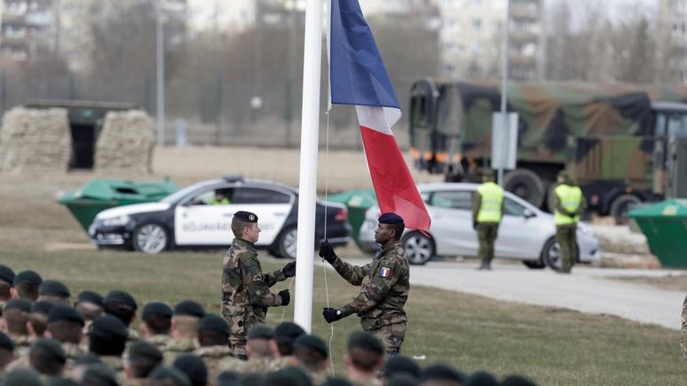BFM: ради Эстонии французы впервые с 1812-го подошли к российским границам