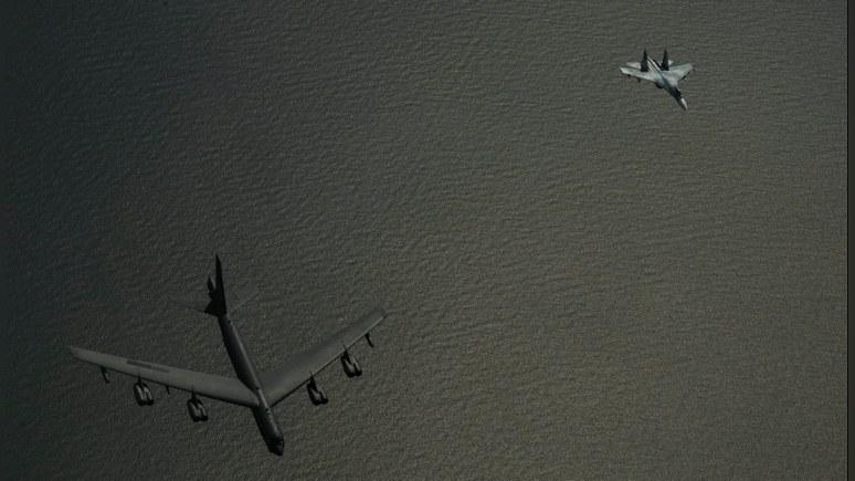 Daily Mail: Пентагон поделился «эффектными фото» российского перехвата над Балтикой