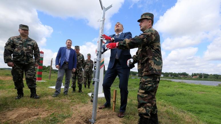 Detektor: Литва забор строит, но понимает — от нападения России он не защитит