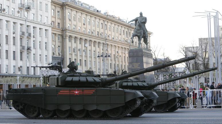 Stratfor: российской сверхдержавности одновременно на сушу и море не хватит