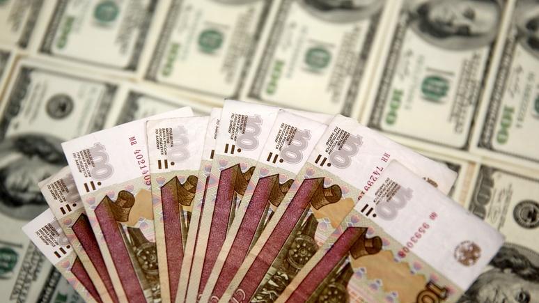 Spiegel: гибкость рубля и дисциплина Кремля уберегли российскую экономику от краха