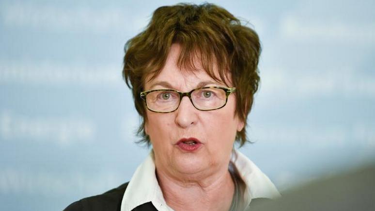 Zeit: министр экономики Германии пригрозила США «ответными мерами» за санкции против России