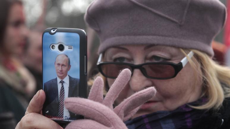 La Croix: россиянки любят мужчин «наподобие Путина» и всё решают за них