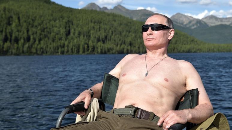 Sun: фотосессия Путина без рубашки оказалась для россиян заразительной