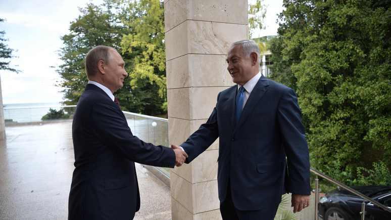 HuffPost: из-за слабости США Нетаньяху приходится чаще ездить в Россию