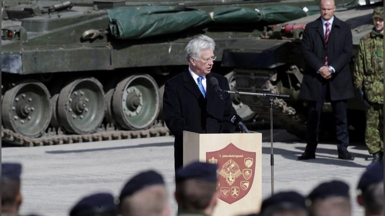 Фэллон: Россия постоянно нарушает обязательства — в отличие от НАТО