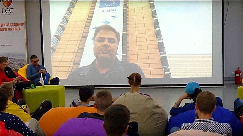 Голос UA: блогеры Украины призвали к импичменту Порошенко ради свободы слова