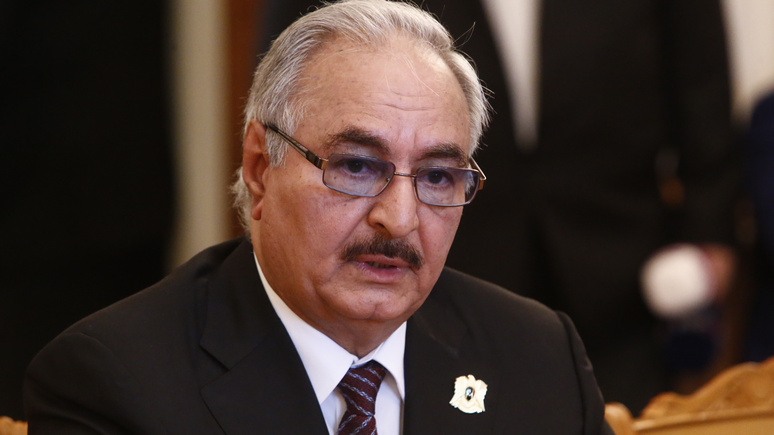 Bloomberg: петиция в поддержку «пророссийского» генерала собрала сотни тысяч подписей в Ливии