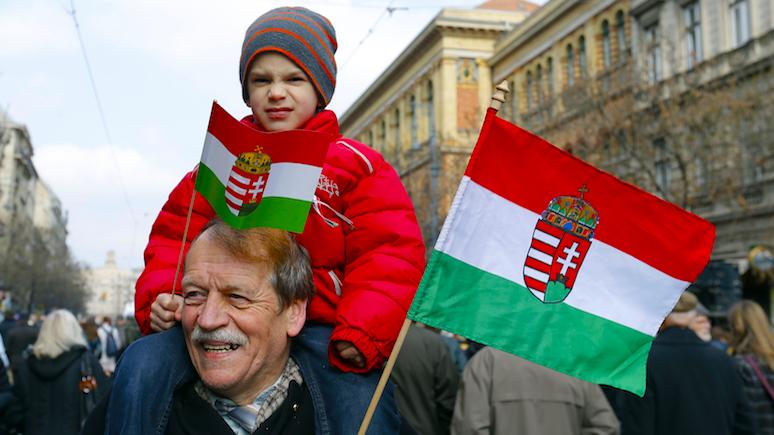 Глава МИД Венгрии: при украинских законах жить тяжелее, чем при советской власти