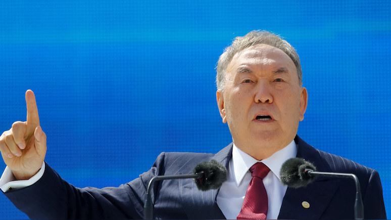 Rzeczpospolita: отказываясь от кириллицы, Назарбаев перерезает пуповину с Россией