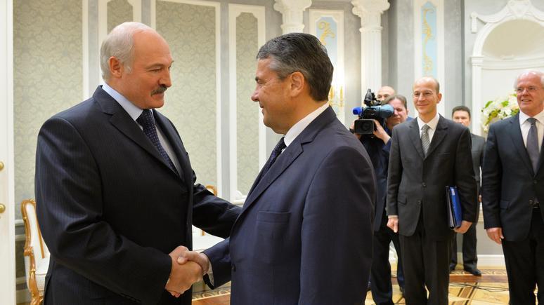 Die Welt: Лукашенко смотрит на Запад, но не сделает Белоруссию европейской