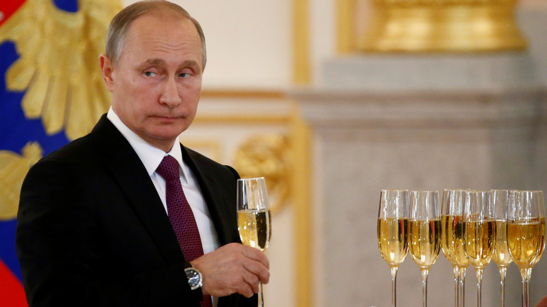 Observer: «поддержав» демократов на выборах, Путин парализует США до 2020 года