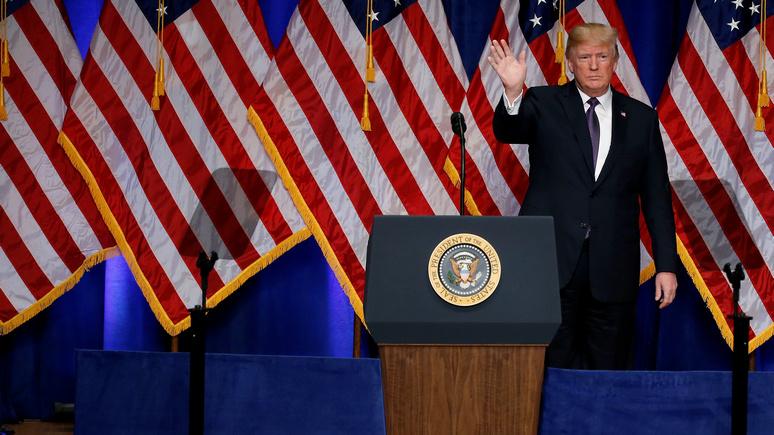 Bloomberg: в своей новой доктрине Трамп сделал Россию и Китай «заклятыми друзьями»