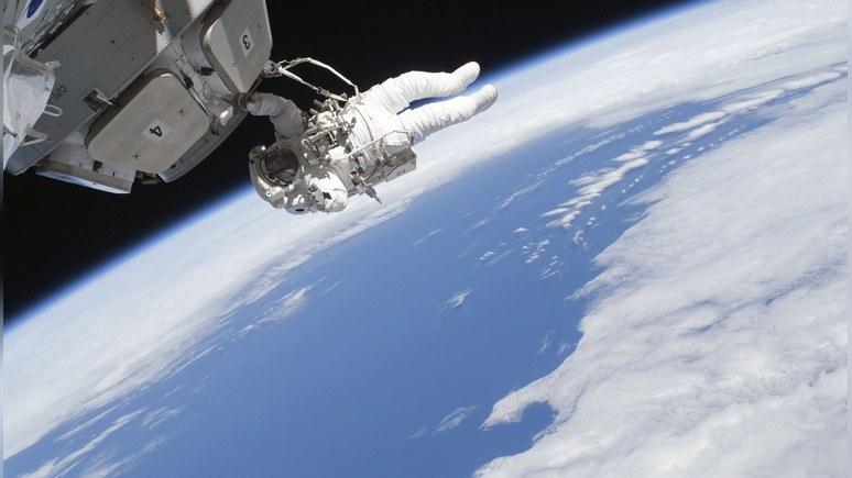 Daily Express: российский космонавт назвал сторонников теории плоской Земли «троллями»