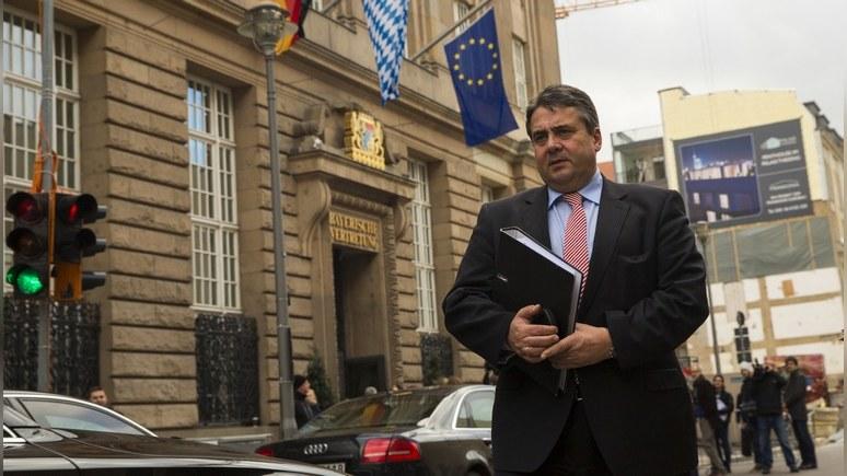 DW: глава МИД ФРГ призвал ввести миротворцев во всём «оккупированном» Донбассе