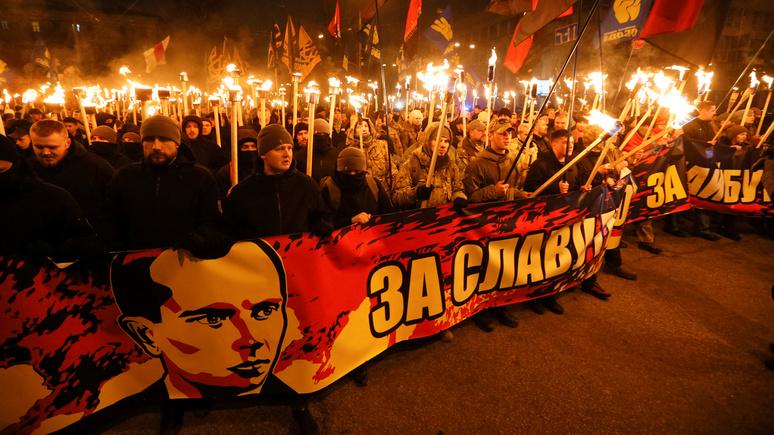 Корреспондент: в Польше накажут отрицающих «преступления бандеровцев»