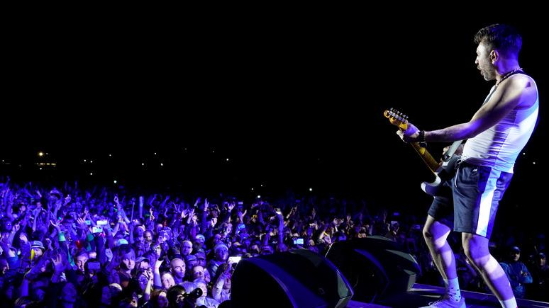 Апостроф: власти Украины наконец «дёрнули» Шнура из-за концертов в Крыму