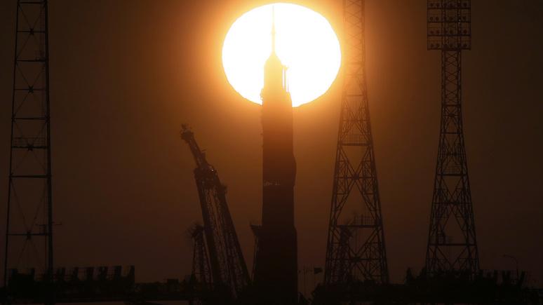 Американский эксперт: США сами превращают космос в поле боя, но винят Россию и Китай