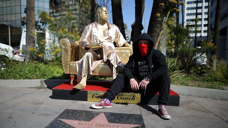 Hollywood Reporter: «золотая» кушетка Вайнштейна разоблачает порочные практики Голливуда