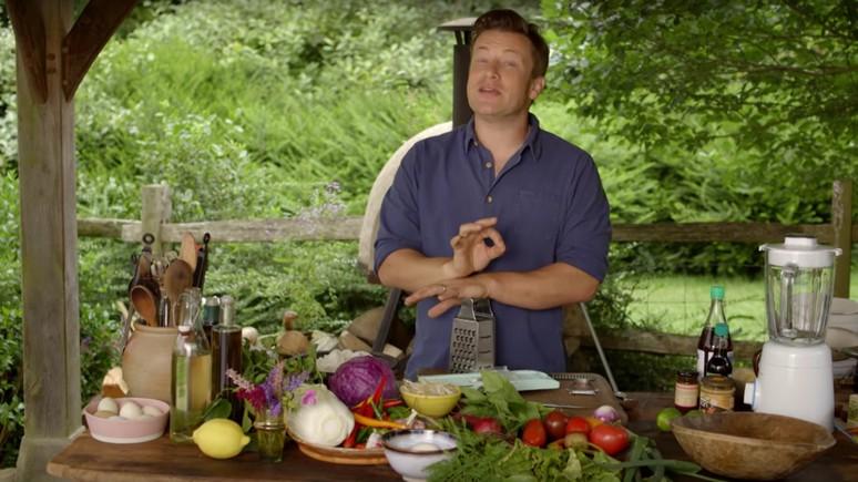 Оливер вступился за неимущих: надо ограничить доступ к нездоровой пище