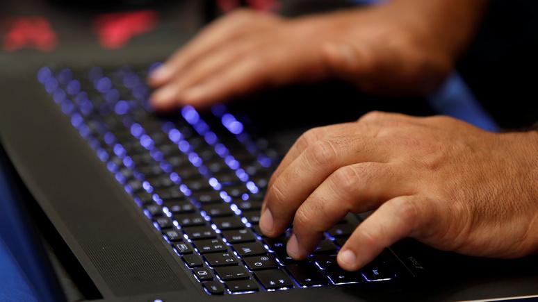 Bloomberg: США умеют контролировать интернет не хуже «автократов» — только методы у них другие
