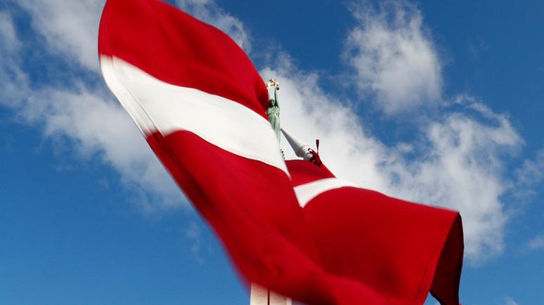 DELFI: Латвия собирается выслать российских дипломатов «в знак солидарности» с ЕС