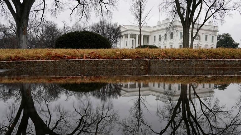Bloomberg: Трамп планирует выдворить из США десятки российских дипломатов из-за дела Скрипаля