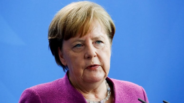 Меркель: Германия не будет участвовать в военном ударе против Сирии