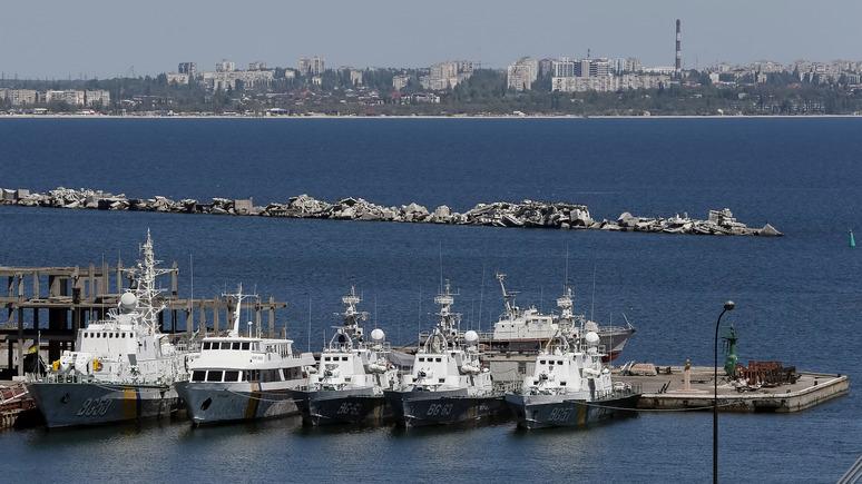 Обозреватель: украинские офицеры пригрозили бросить Украину и вернуться в Крым