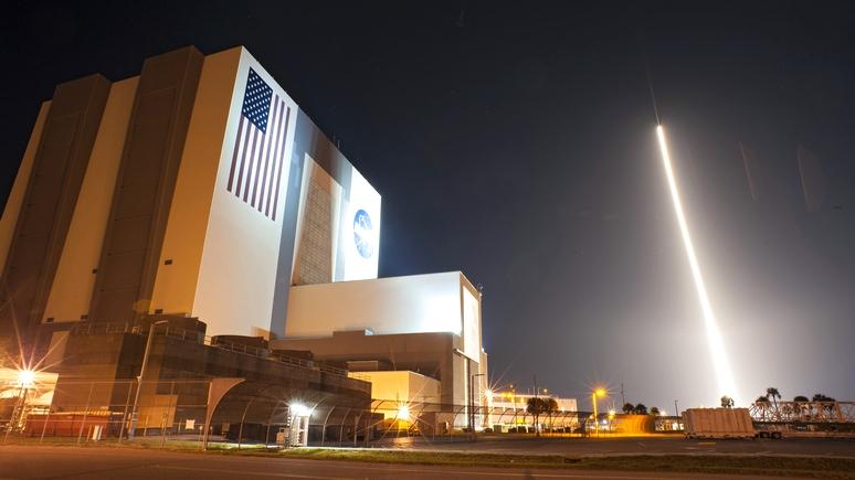 Forbes объяснил, почему ВВС США отстают от России и Китая в космической гонке