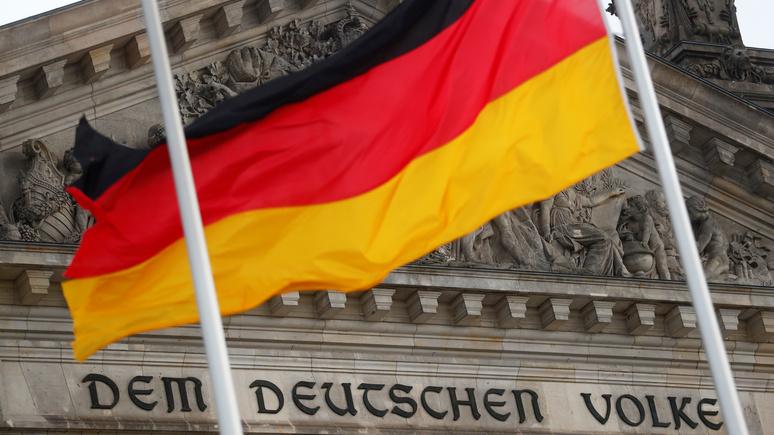 AA: вице-президент бундестага призвал Берлин сделать первый шаг навстречу Москве