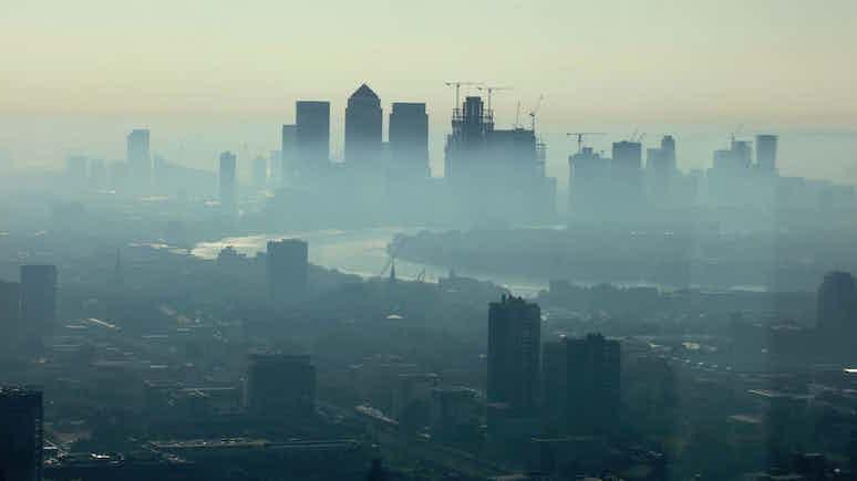 Independent: ЕС подаёт в суд на Лондон за грязный воздух — в Британии он слишком вреден для дыхания