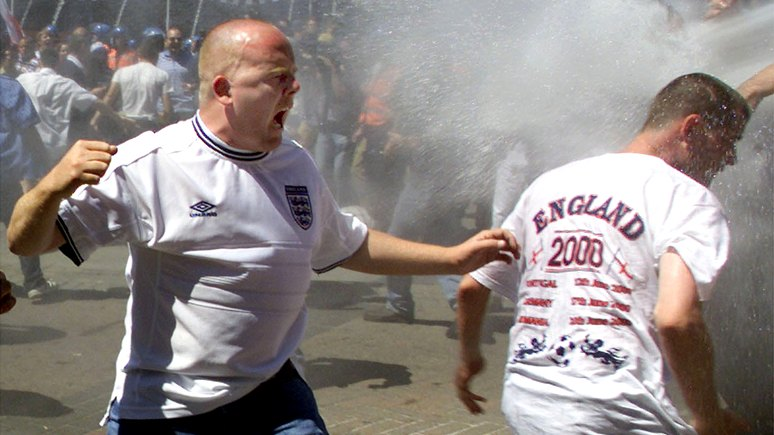 Daily Star: британские фанаты собрались устроить на ЧМ «третью мировую»