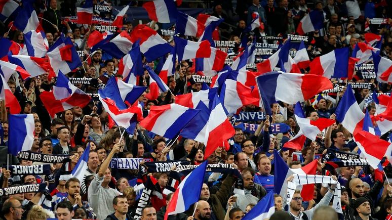 HuffPost: «Жерар Депардье, тащи водку сюда» — французы запаслись речёвкой на ЧМ в России