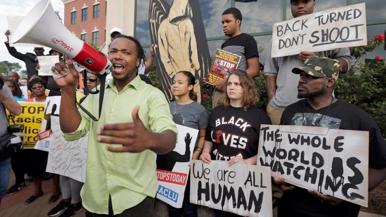 Independent: американцы признались — расизм в обществе остаётся «большой проблемой»
