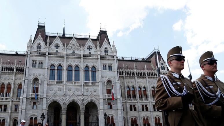 Wyborcza: прокремлёвская Венгрия — всё менее предсказуемый союзник для Польши