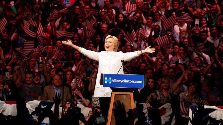 Обозреватель USA Today: на месте Трампа Клинтон вела бы себя точно так же