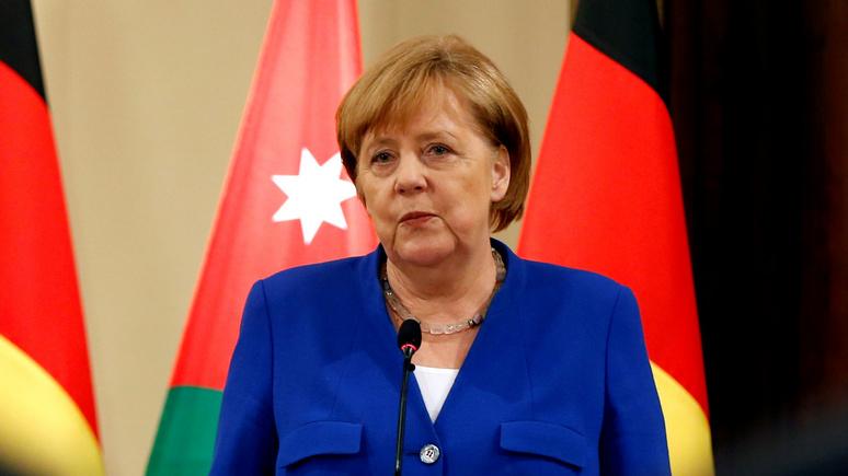 Обозреватель L'Express: спасать Меркель уже слишком поздно