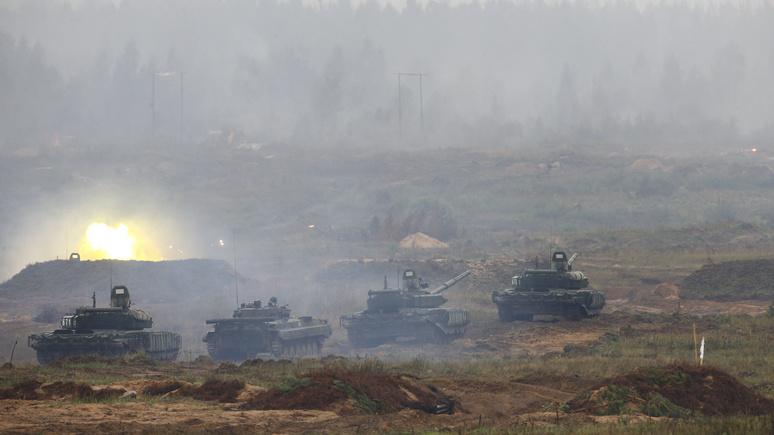NBC: НАТО увеличила темпы развёртывания бронетехники у границ России, но до мобильности российской армии альянсу далеко